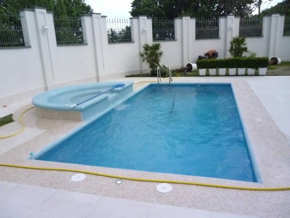 Бетонный бассейн (под заказ) - 1