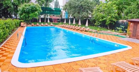 Бетонный бассейн (25х16х1,2-1,8 м.)